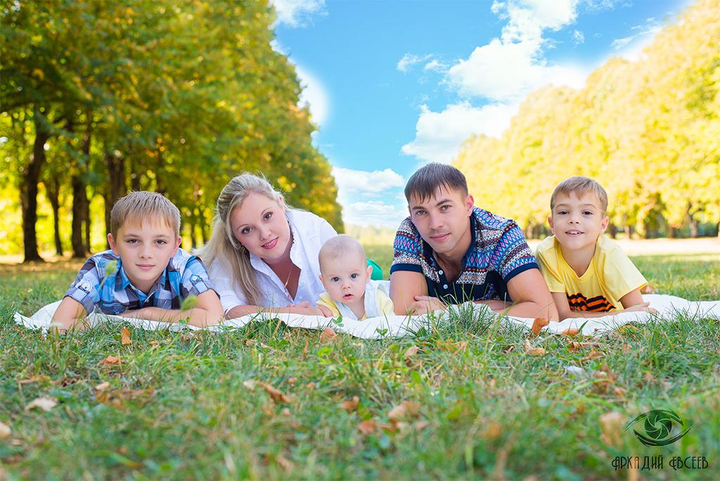 Фотосессия малышей на природе - идеи летней фотосъемки