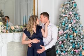 в ожидании чуда новогодняя фотосессия, в ожидании чуда, новогодняя фотосессия, новогодняя фотосессия в студии, новогодняя фотосессия ставрополь, новогоднии фотосессии, сертификат на новогоднюю фотосессию, новогодняя фотосессия беременных с мужем